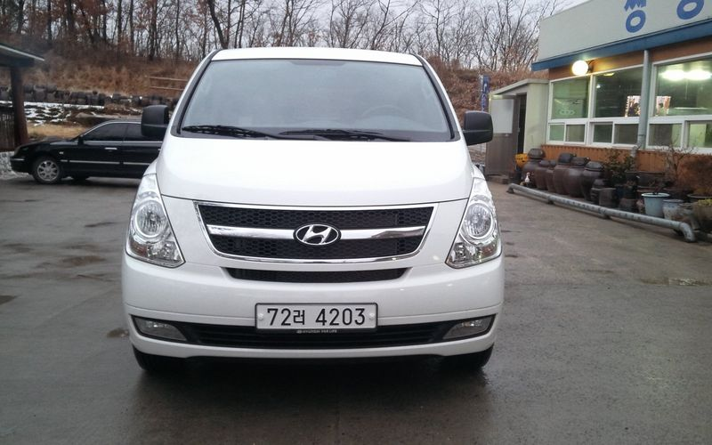2013 Hyundai Grand Starex Grand Starex 12p Luxury
