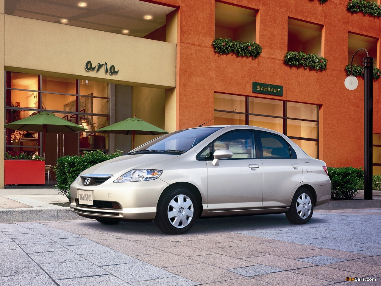 Kelebihan Honda Fit 2003 Review